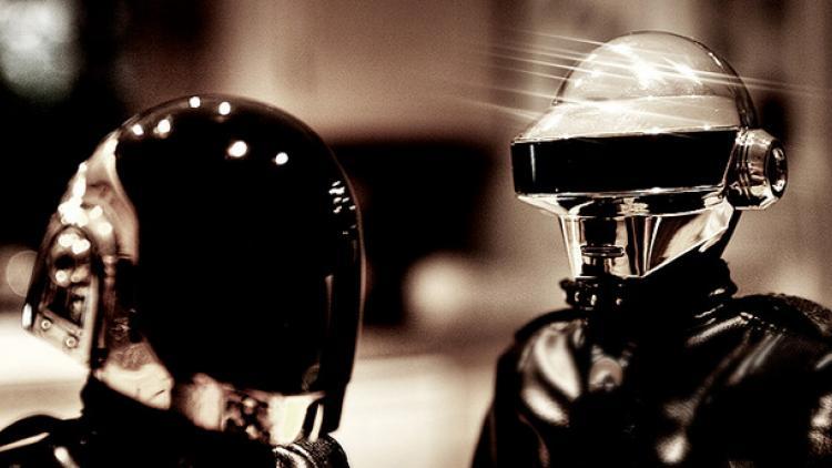 Daft Punk solitario