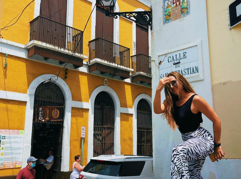 Calle San Sebastian, San Juan de Puerto Rico - Lectora de Tracks