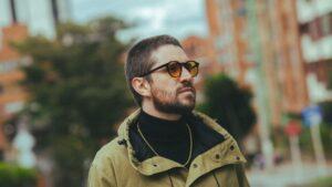 Juan Pablo Vega lanza su segundo album de estudio homonimo
